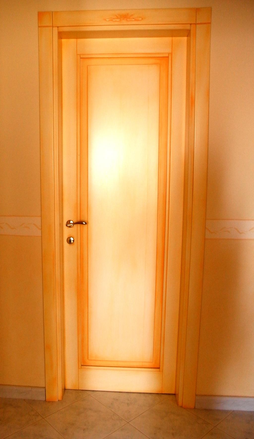 Porta interna laccata con sfumature